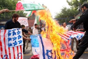 01-iran-burn-n090623